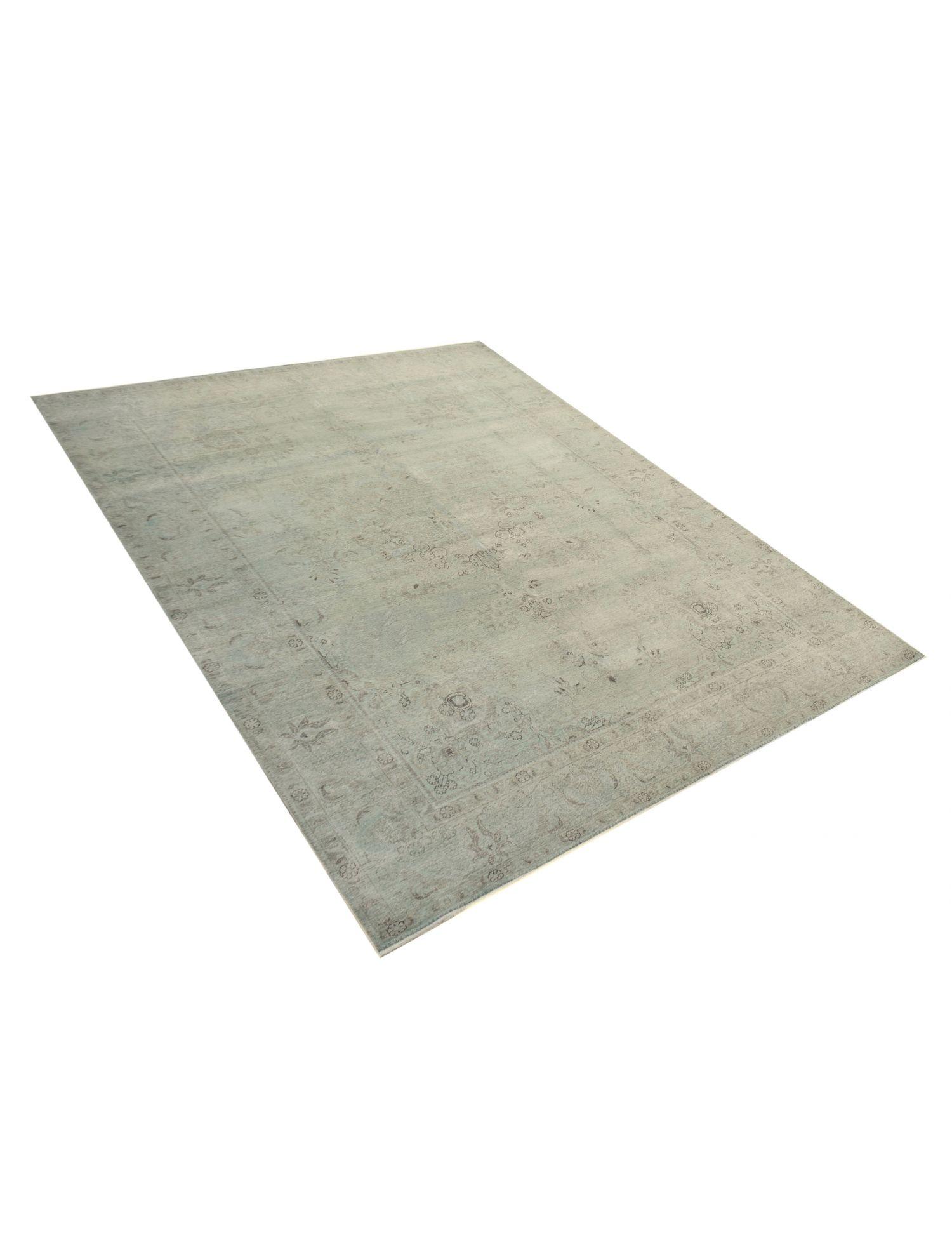 Vintage Teppich  grün <br/>378 x 288 cm