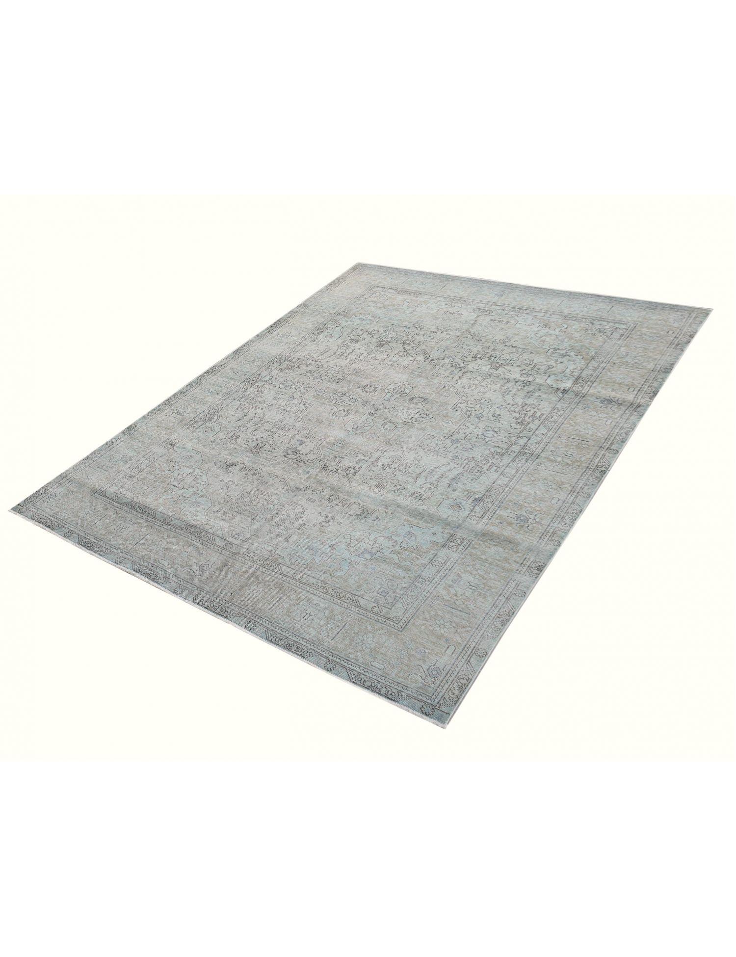 Vintage Teppich  grün <br/>277 x 198 cm