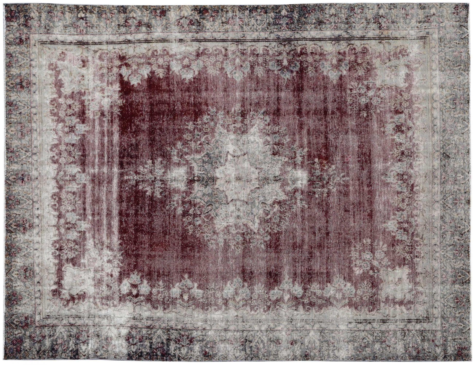 Retro  rosso <br/>363 x 272 cm