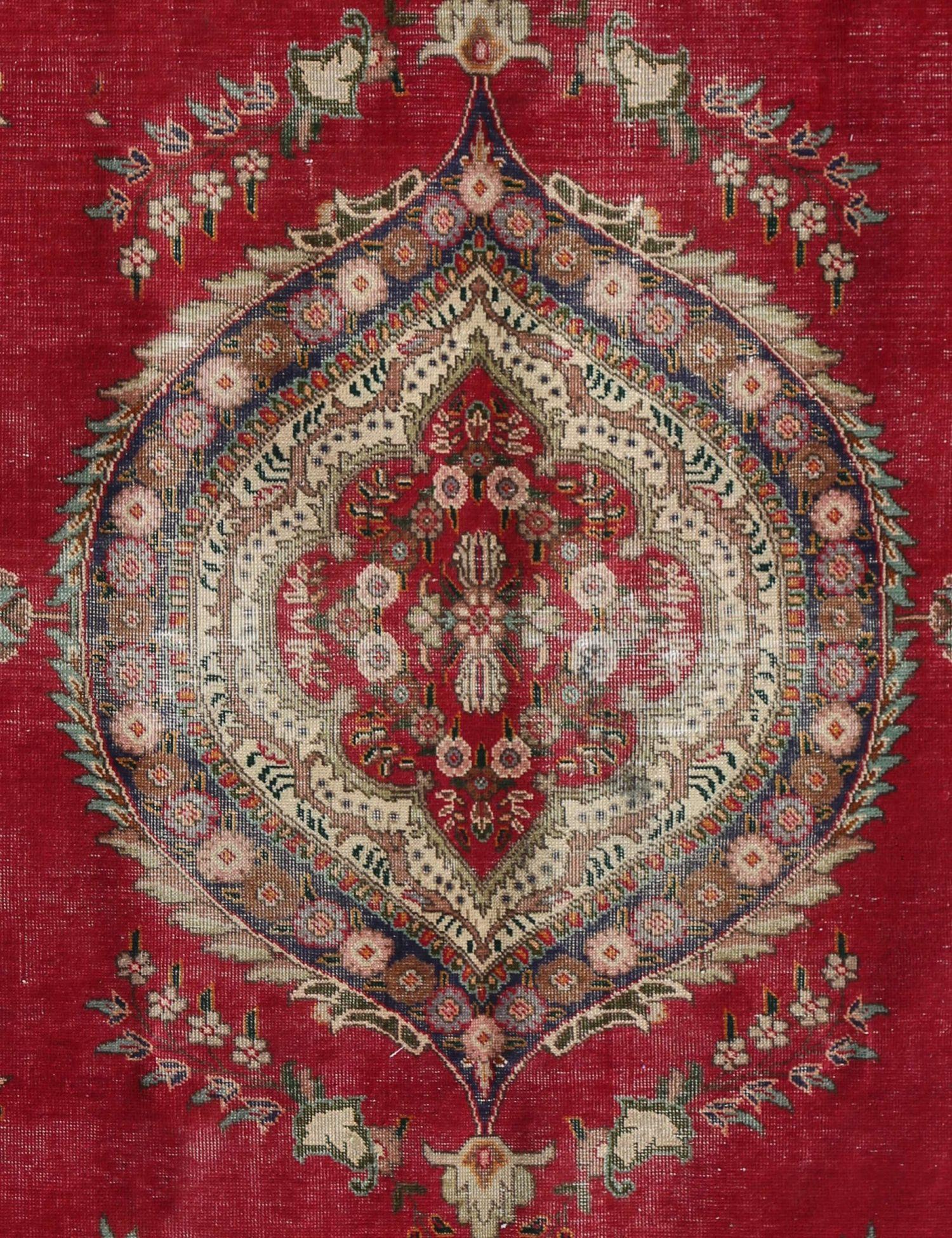 Retro  rosso <br/>280 x 179 cm