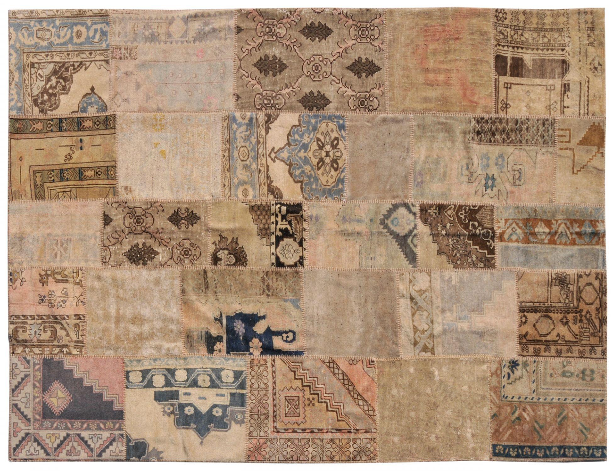 Patchwork Carpet  beige <br/>317 x 224 cm