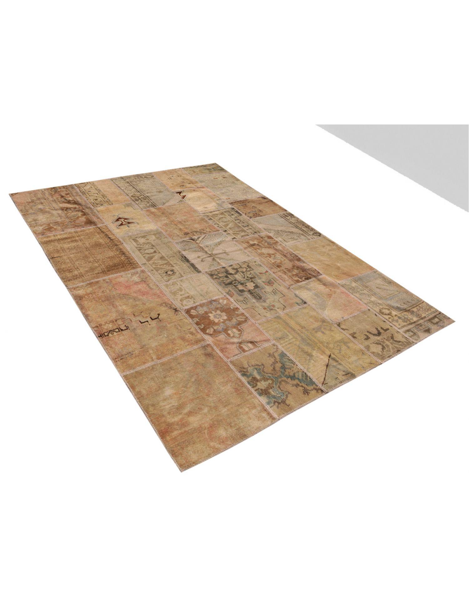 Patchwork Carpet  beige <br/>278 x 202 cm