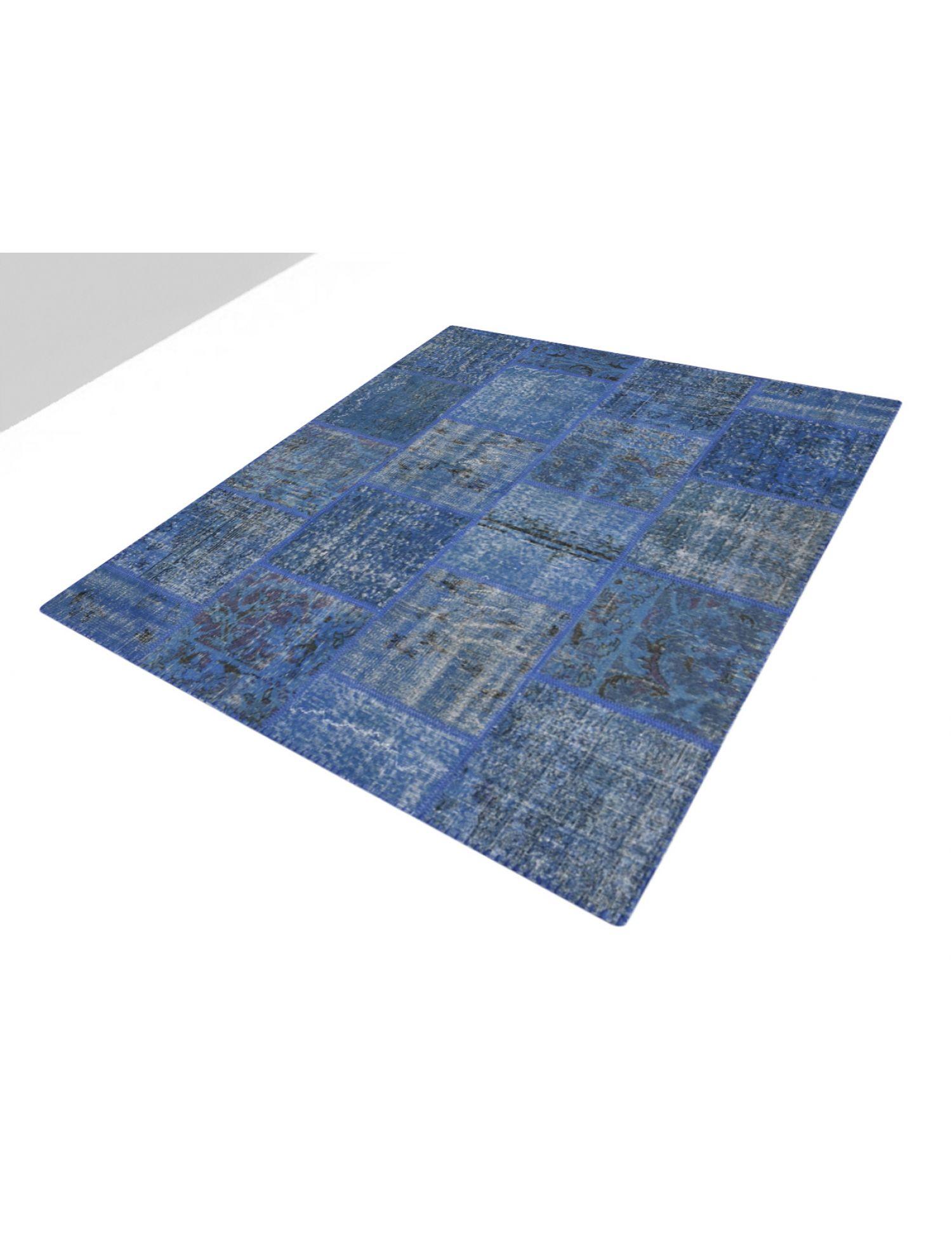 Patchwork Carpet   blue <br/>200 x 150 cm
