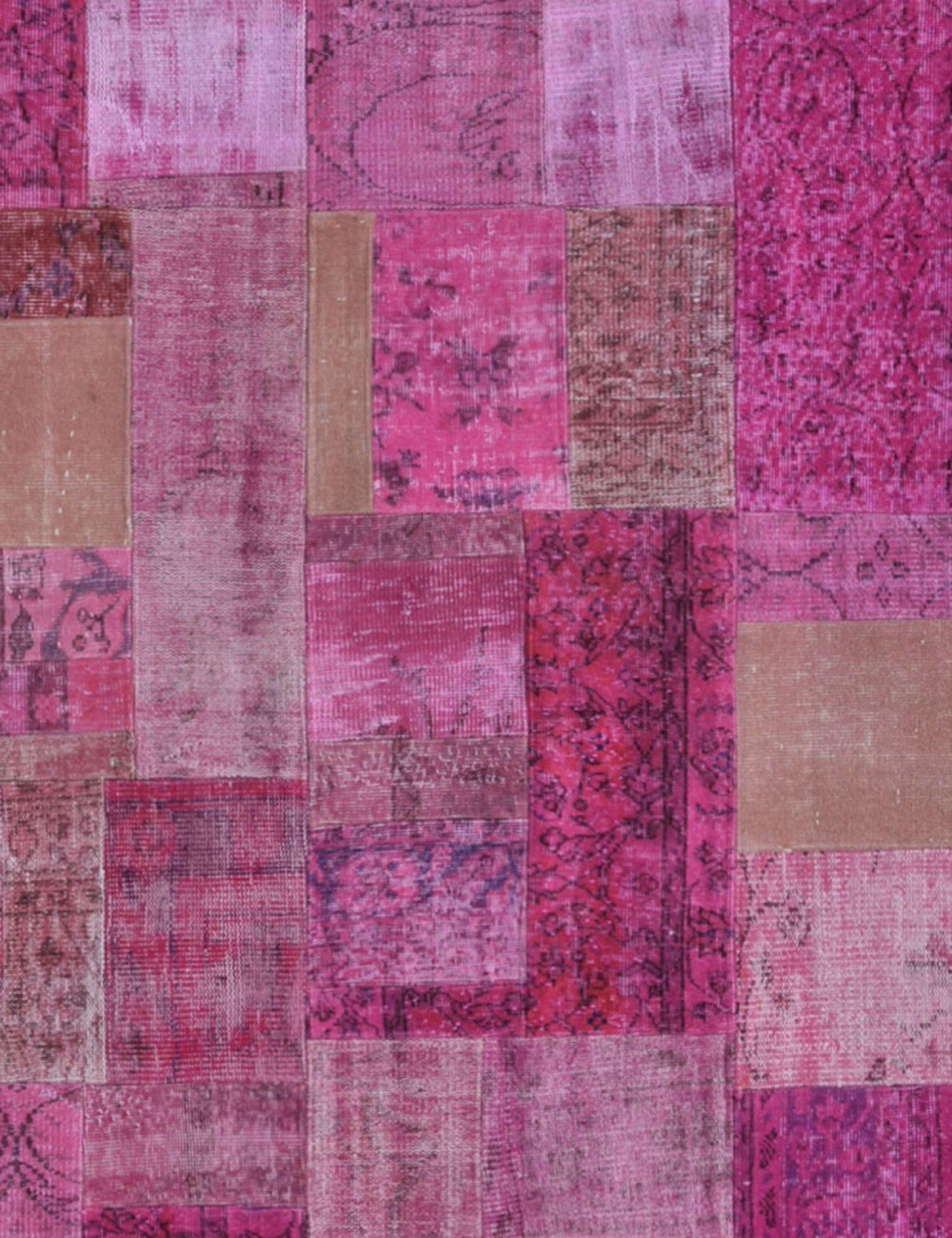 Patchwork Carpet   purple <br/>243 x 173 cm