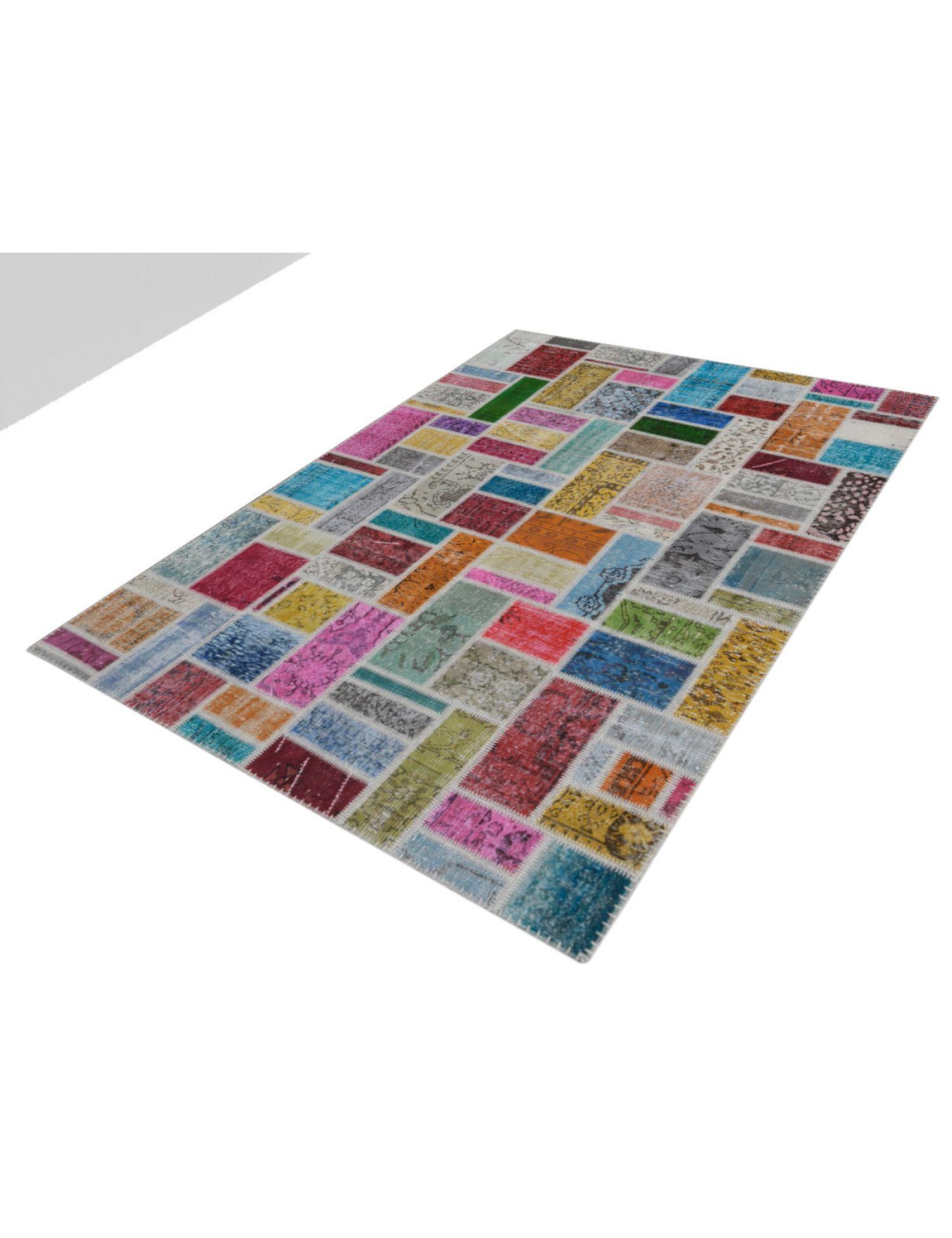 Patchwork Carpet   multicolor <br/>240 x 170 cm
