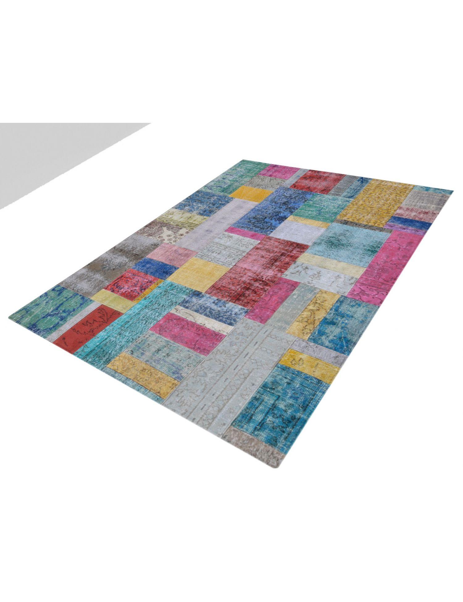 Patchwork Carpet   multicolor <br/>240 x 173 cm