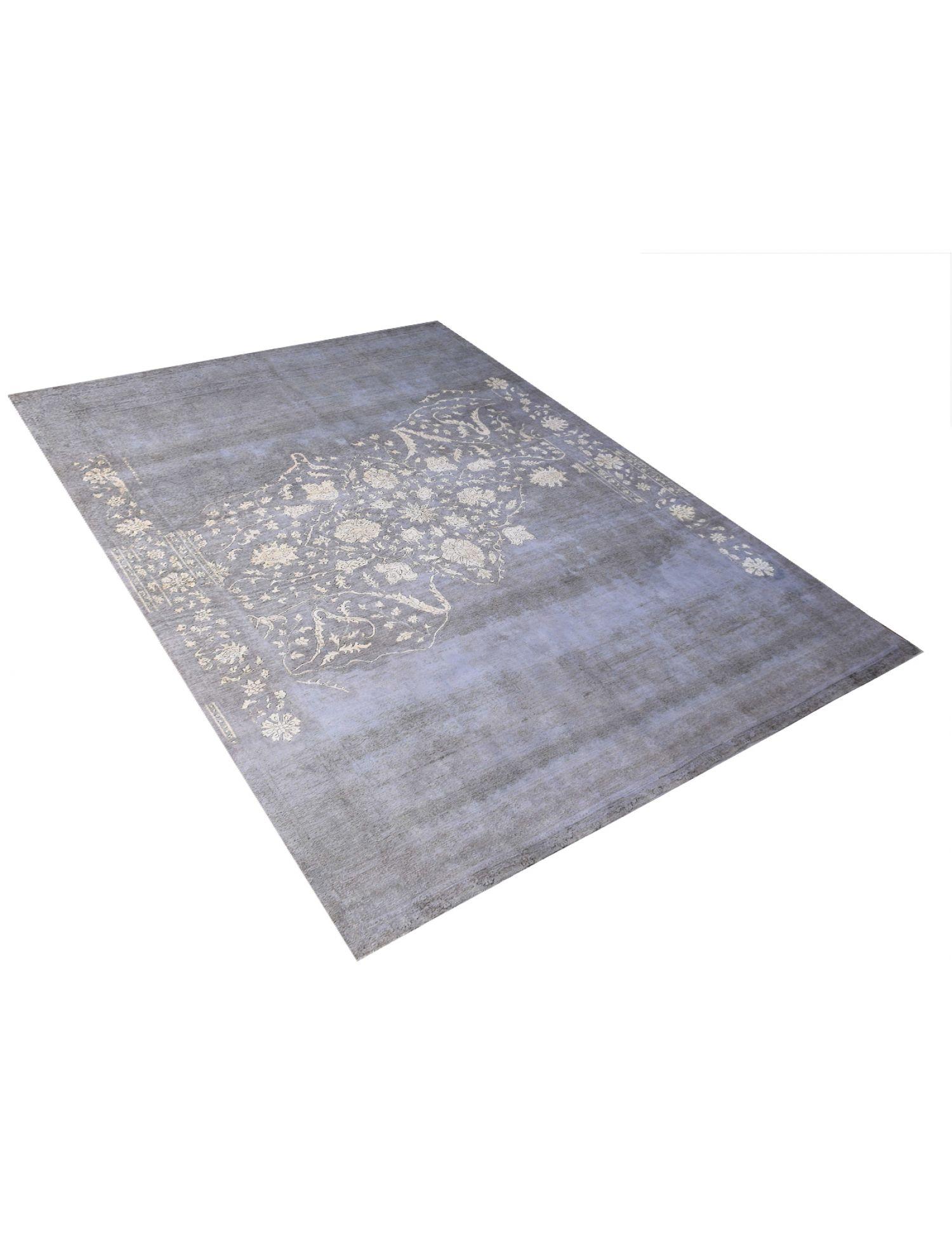Vintage Carpet  blue <br/>381 x 288 cm