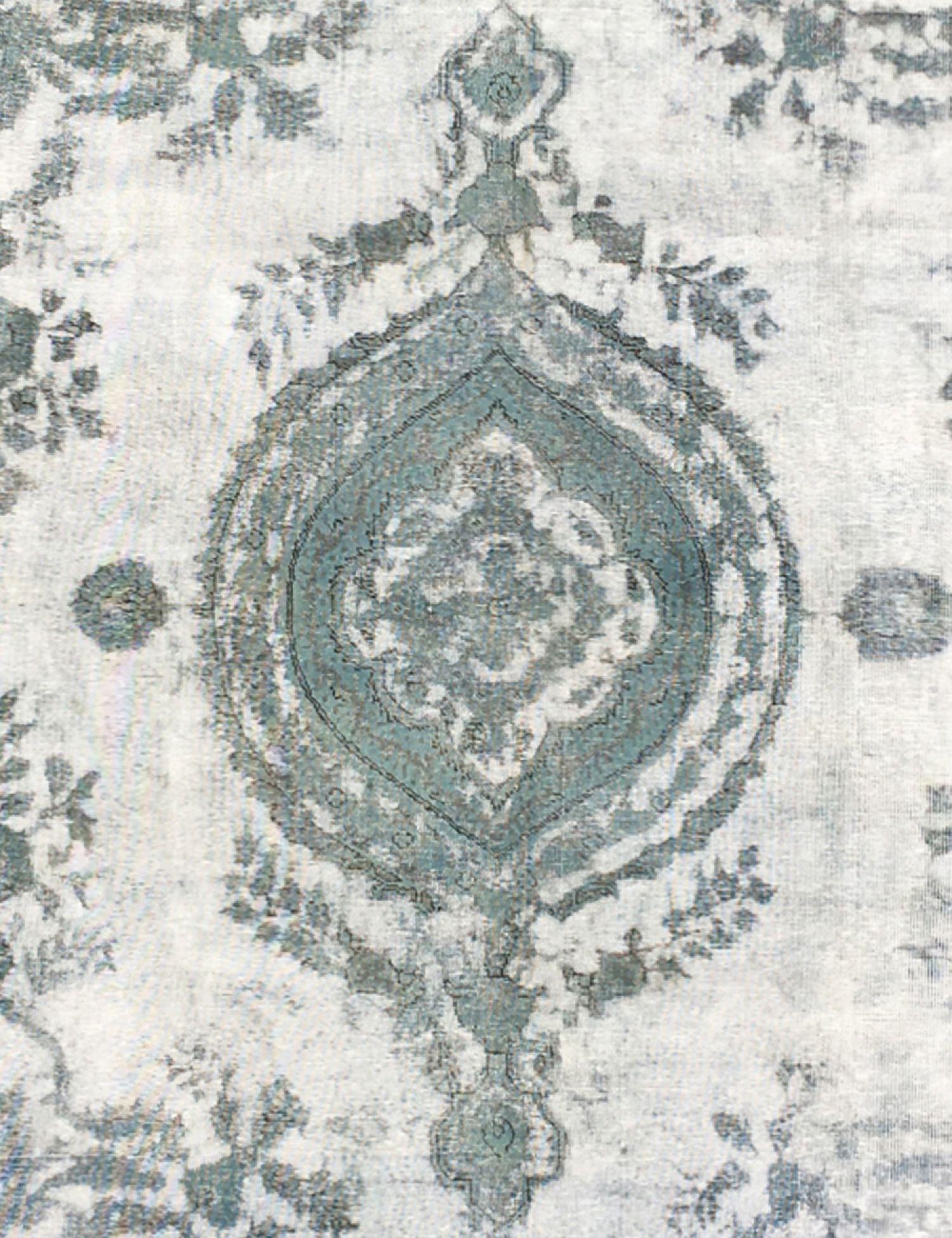 Vintage Carpet  green <br/>333 x 235 cm