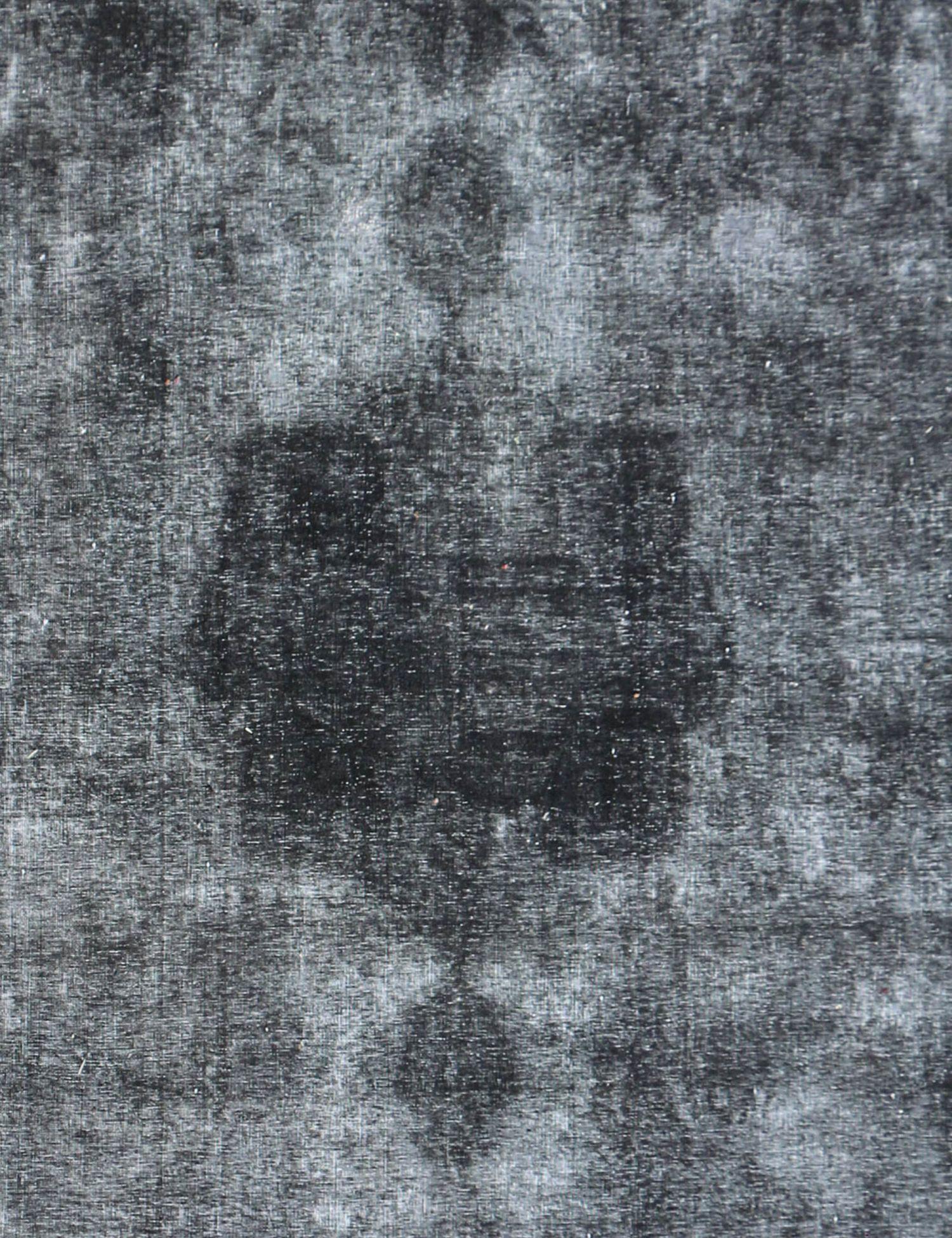 Persischer Vintage Teppich  schwarz <br/>357 x 275 cm