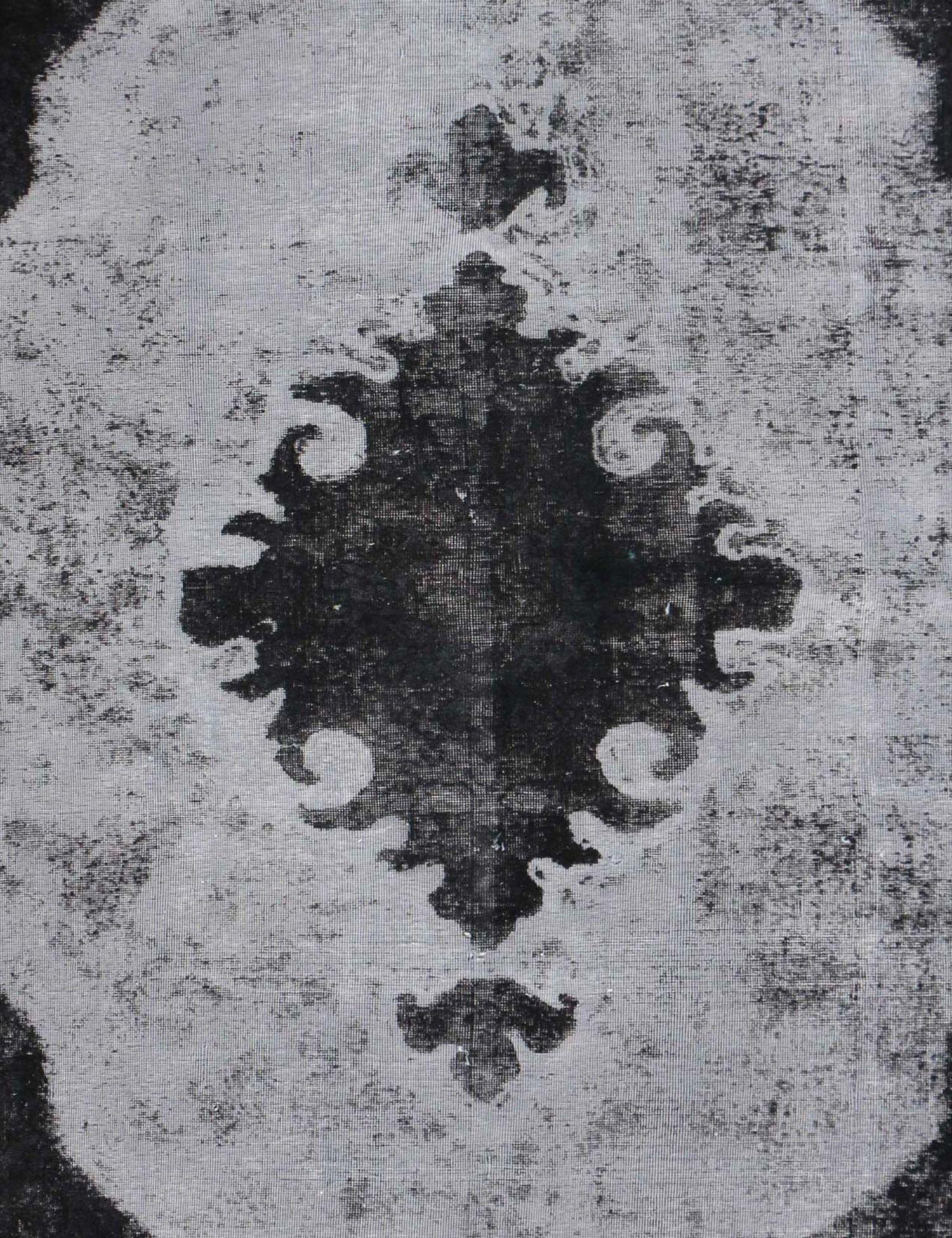 Vintage Carpet  black <br/>300 x 200 cm