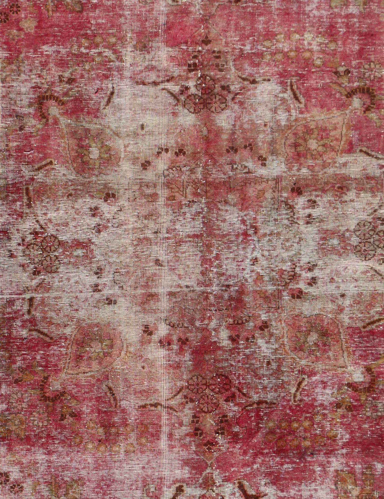 Persian Vintage Carpet  red  <br/>286 x 192 cm