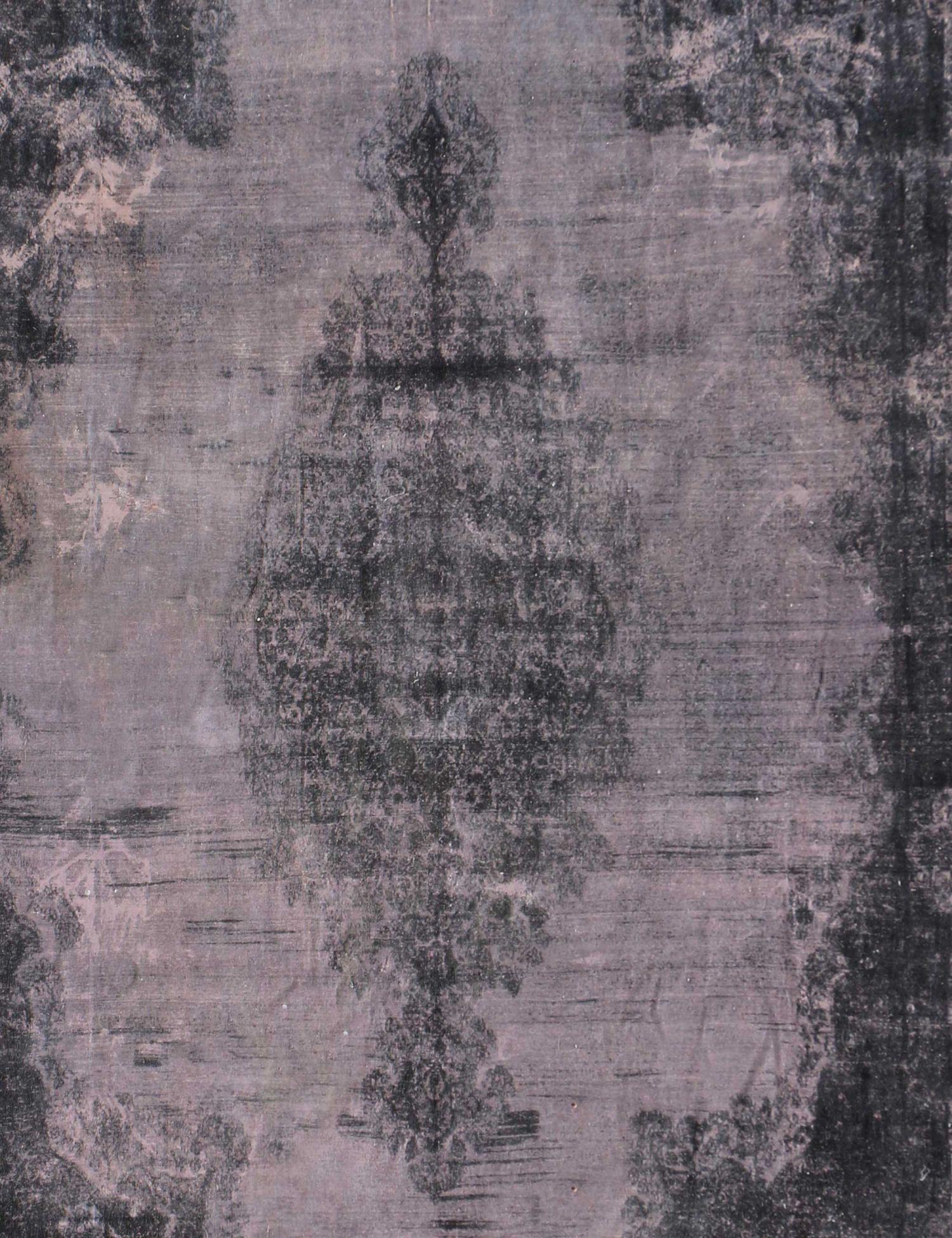 Persian Vintage Carpet  black <br/>550 x 397 cm