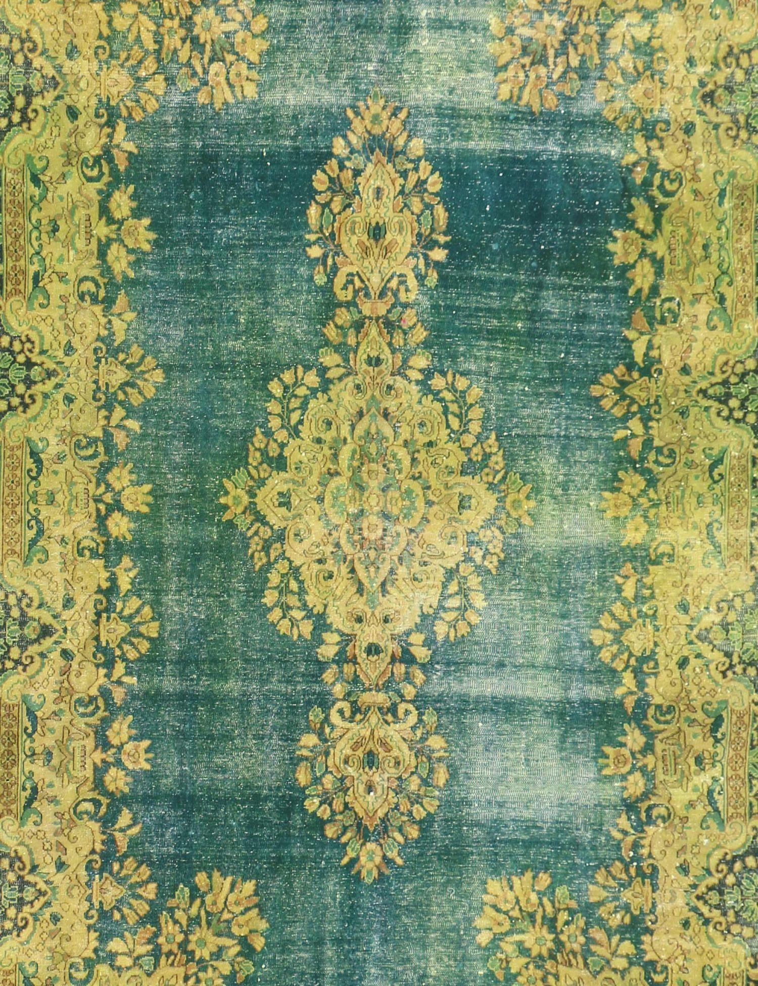 Persian Vintage Carpet  green  <br/>305 x 220 cm