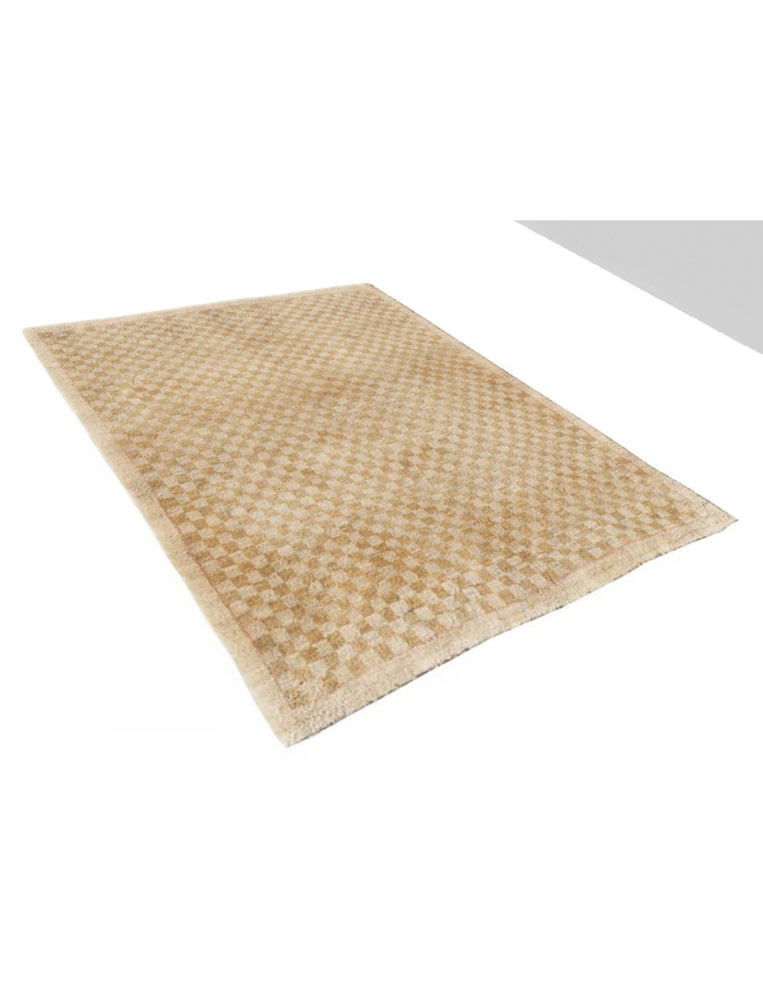 Modern carpets   <br/>124 x 105 cm