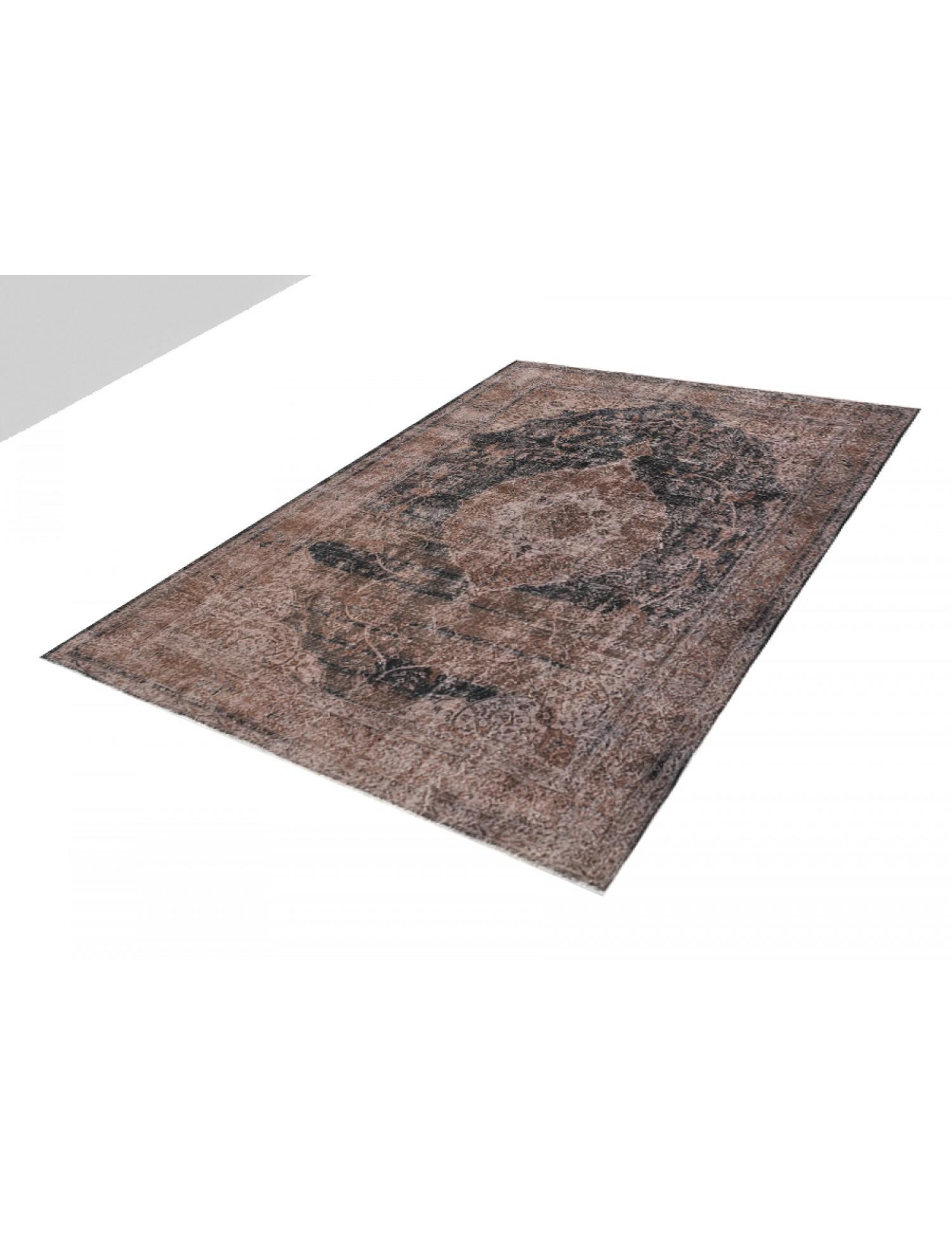 Vintage Carpet  musta <br/>343 x 241 cm
