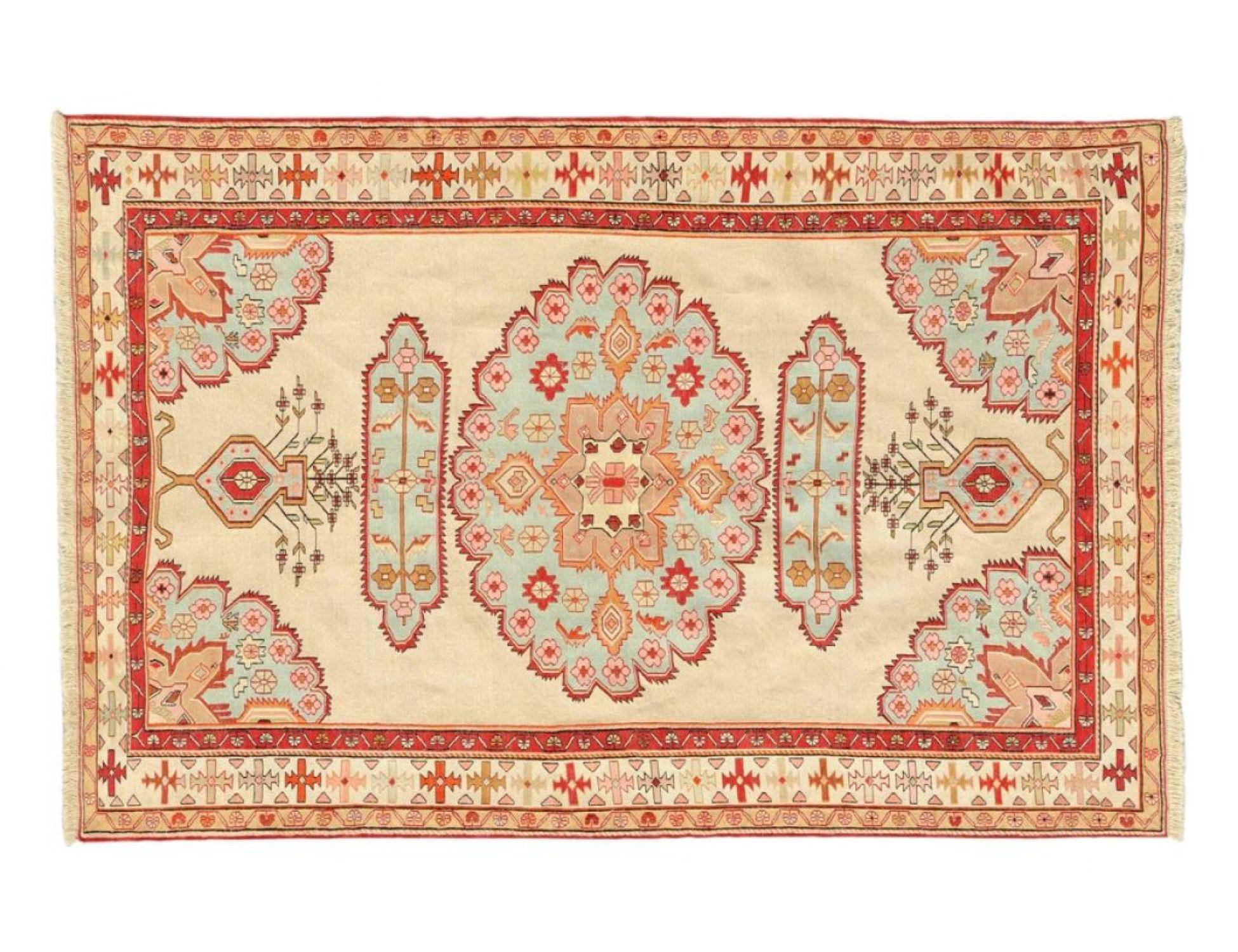 PERSIAN SILK KILIMS   <br/>197 x 127 cm